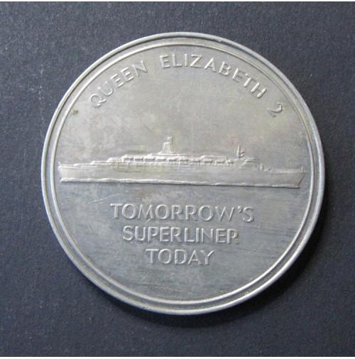 Medalla Cunard Queen Elizabeth 2